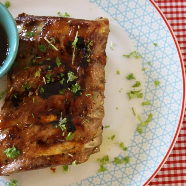 Here's a very simple recipe for slow roasting pork ribs and then covering them in a simple sticky Bourbon glaze. It's delicious!