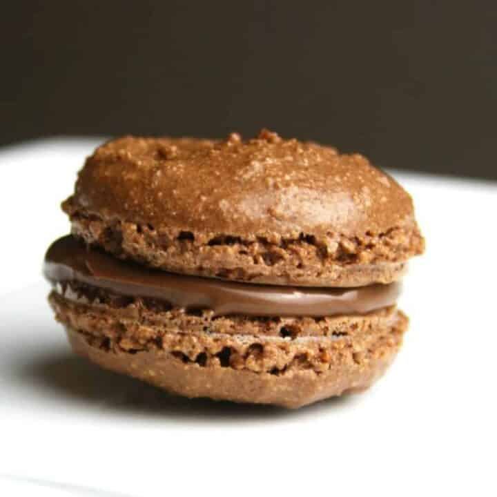 close up o f a Nutella macaron