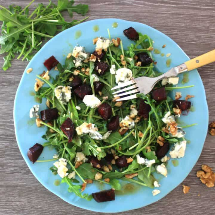 Sweet,soft, crunchy and tangy, this Maple Roasted Beetroot Salad has everything.With Roquefort cheese, walnuts and rocket with a maple syrup dressing.