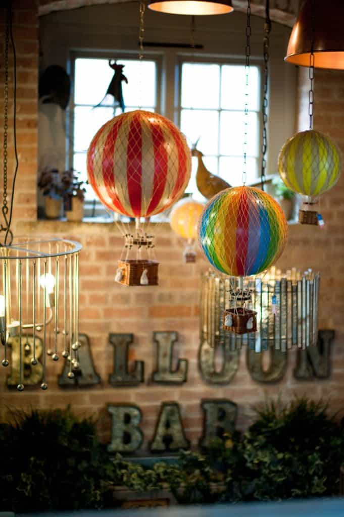 picture of small ornamental balloons