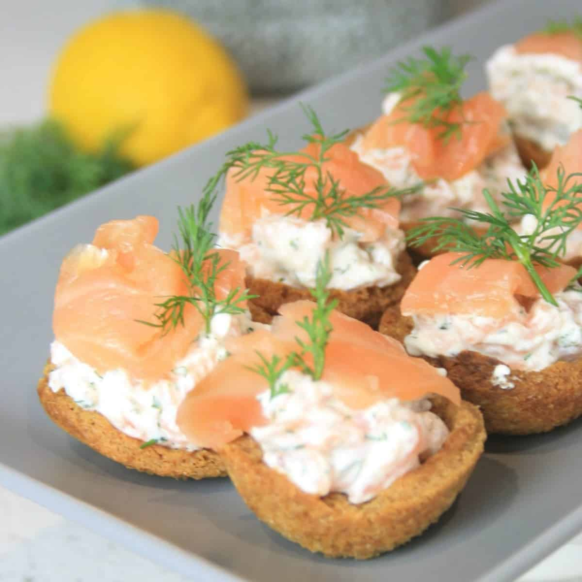 croustades filled with a dill cream and topped with smoked salmon