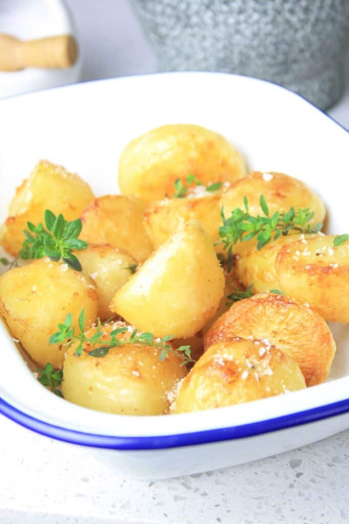 bowl with cooked potatoes