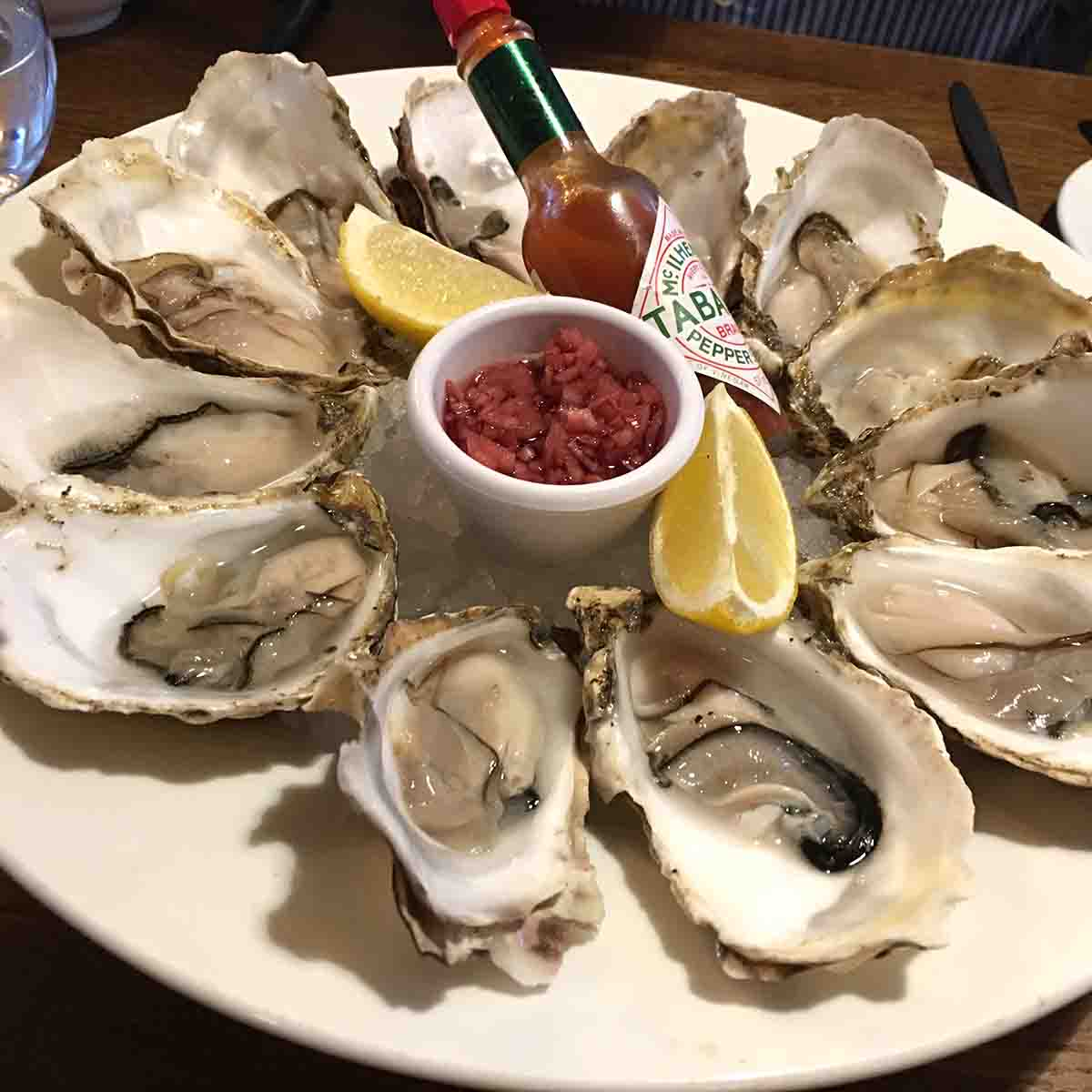 plate of oyster.